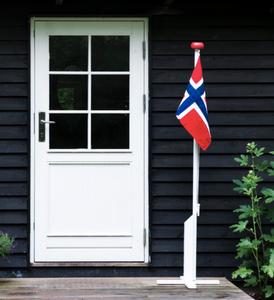 Bilde av Flaggstang 180cm med flagg